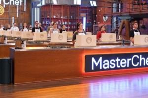 MasterChef   Η Λία νίκησε στο mystery box και μοίρασε μειονεκτήματα