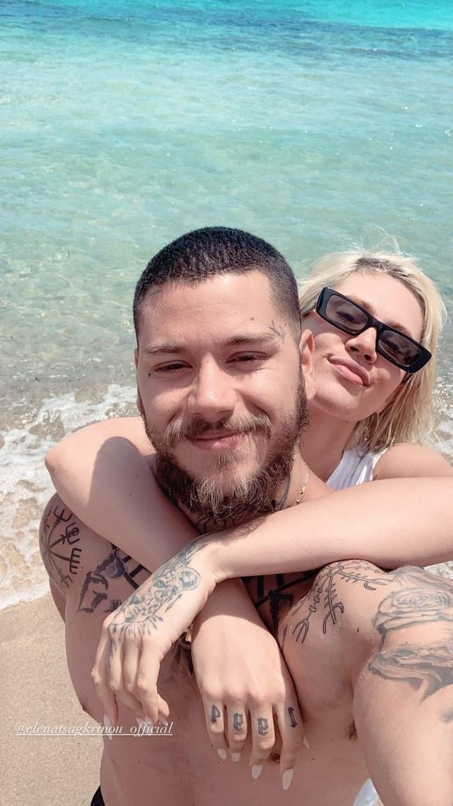 Η Έλενα Τσαγκρινού με τον Mike στην παραλία! Δείτε τα στιγμιότυπα