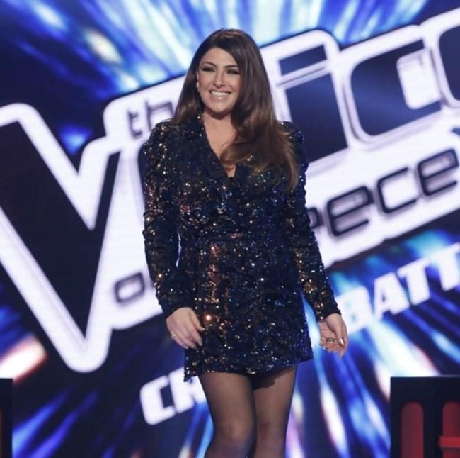 """Η Έλενα Παπαρίζου πιο εντυπωσιακή από ποτέ στο """"The Voice"""""""