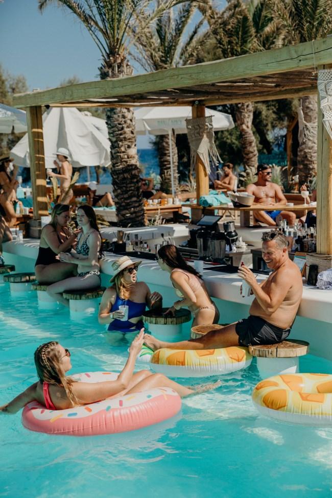Nikki_Beach_Hotel_Santorini