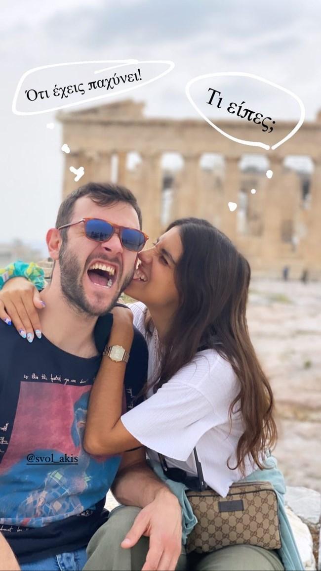 Η Άννα Μαρία Βέλλη ποζάρει με τον σύντροφό της & απαντά στις φήμες περί χωρισμού