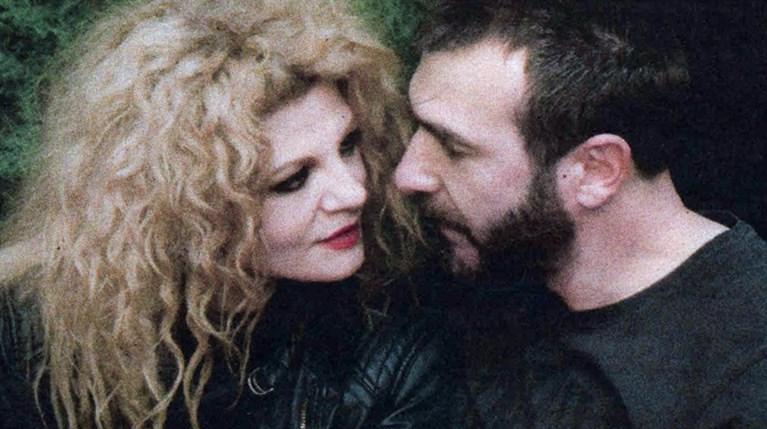 Η Τάνια Τρύπη με τον σύντροφό της R