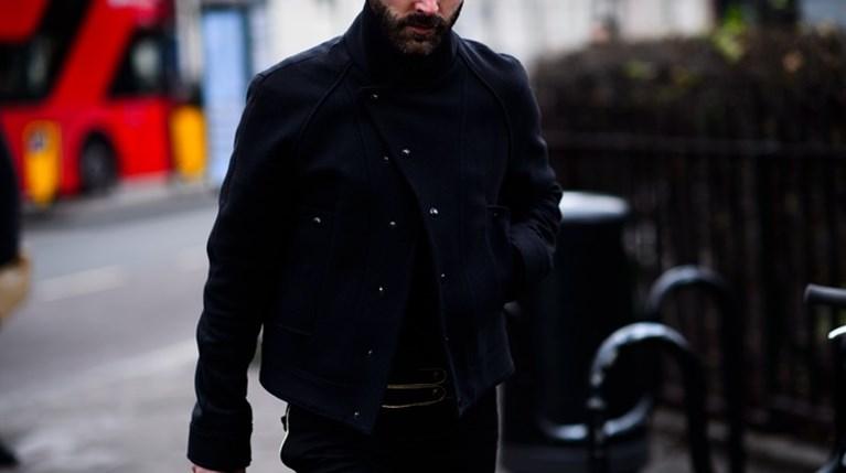 Πώς θα κάνεις σωστά το total black outfit