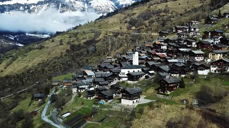 Μήπως θες να μετακομίσεις στην Ελβετία;