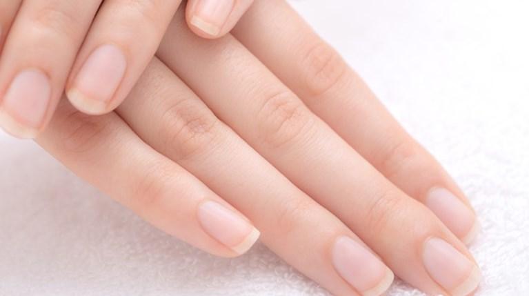 Νύχια (1)