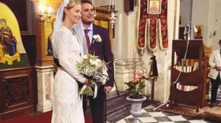 Σήλια Δραγούνη   Η αδελφή της σχεδιάστριας παντρεύτηκε στη Φλωρεντία