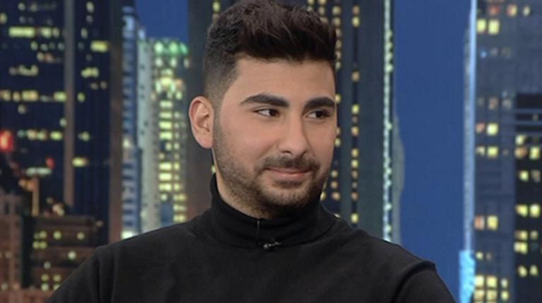Ο Κωνσταντίνος Παντελίδης στο The 2Night Show