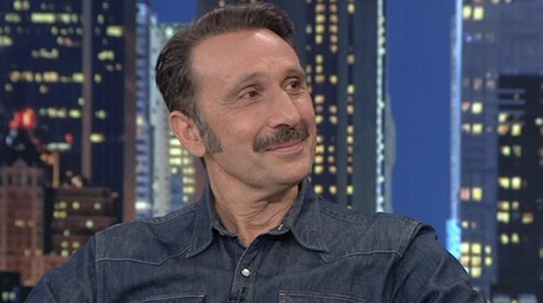 Ο Ρένος Χαραλαμπίδης στο The 2Night Show