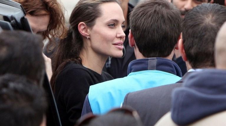Η Angelina Jolie στον Ελαιώνα (1)