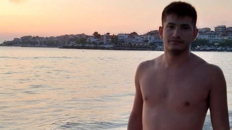 Πέθανε ο 25χρονος Θοδωρής από τις Σέρρες
