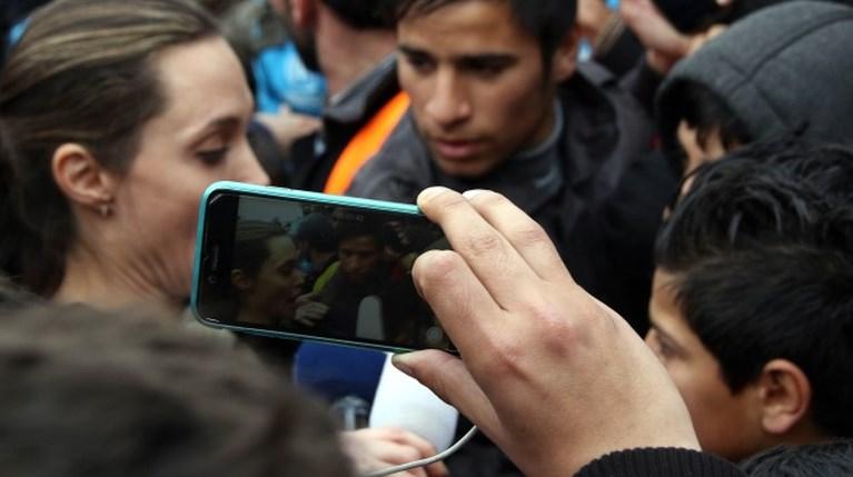 Αντζελίνα Τζολί - πρόσφυγες