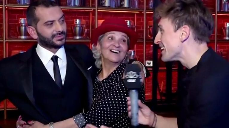 Λεωνίδας Κουτσόπουλος μαζί με τη μαμά του