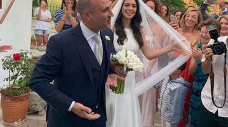 Κωνσταντίνος Μπογδάνος & Ελένη Καρβέλα - Οι φωτογραφίες του γάμου τους (1)