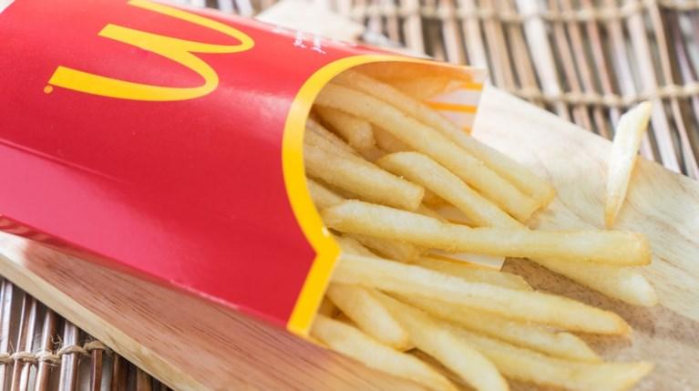 Το μυστικό νοστιμιάς πίσω από τις πατάτες των McDonald's