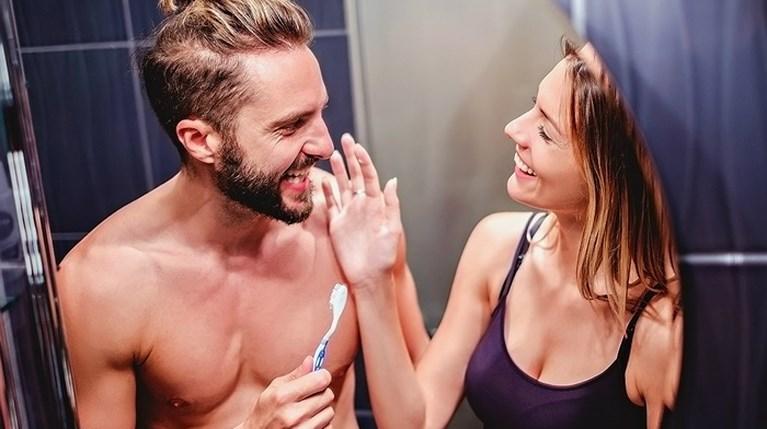Πώς θα διατηρήσεις τα δόντια σου υγιή και λευκά