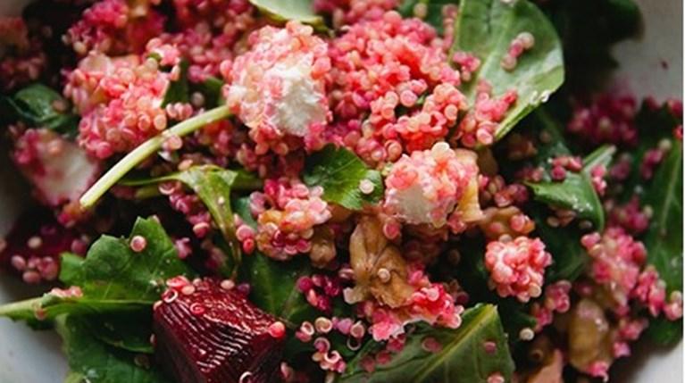 3 καλοκαιρινές σαλάτες ιδανικές για μετά τις διακοπές