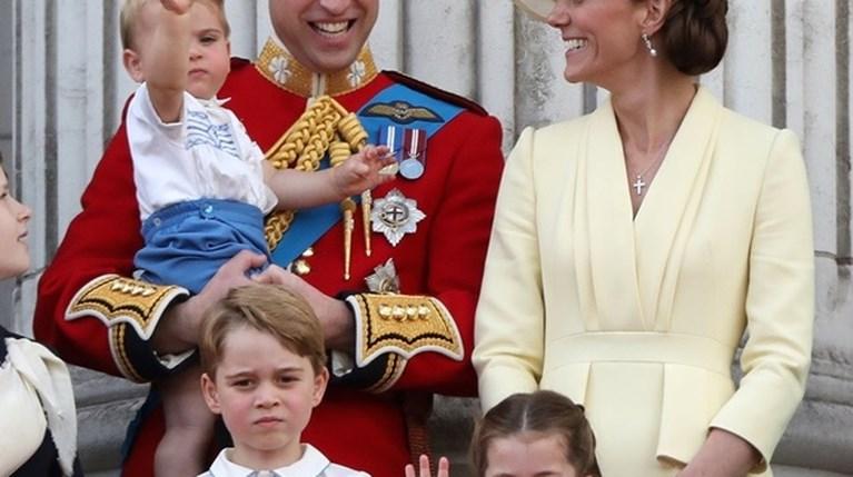 Πρίγκιπας William - Kate Middleton - Πρίγκιπας George - Πριγκίπισσα Charlotte - Πρίγκιπας Louis