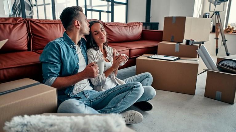 νέο σπίτι - ανακαίνιση ζευγάρι