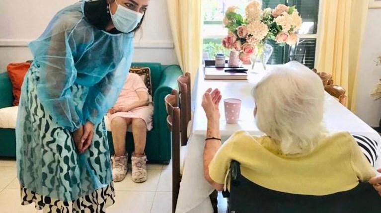 117 χρονών η γηραιότερη γυναίκα που εμβολιάστηκε στην Ελλάδα!