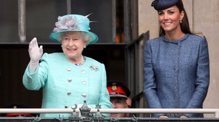 Kate Middleton - Βασίλισσα Ελισάβετ