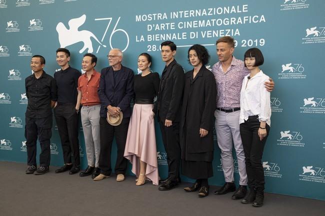 76ο Φεστιβάλ ΒενετίαςΗ πρεμιέρα του ντοκιμαντέρ της Chiara Ferragni | Τα highlights της 7ης ημέρας
