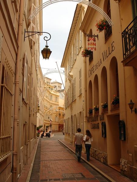 Μόντε Κάρλο - Το «αβαείο» της πολυτέλειας : Ταξίδι
