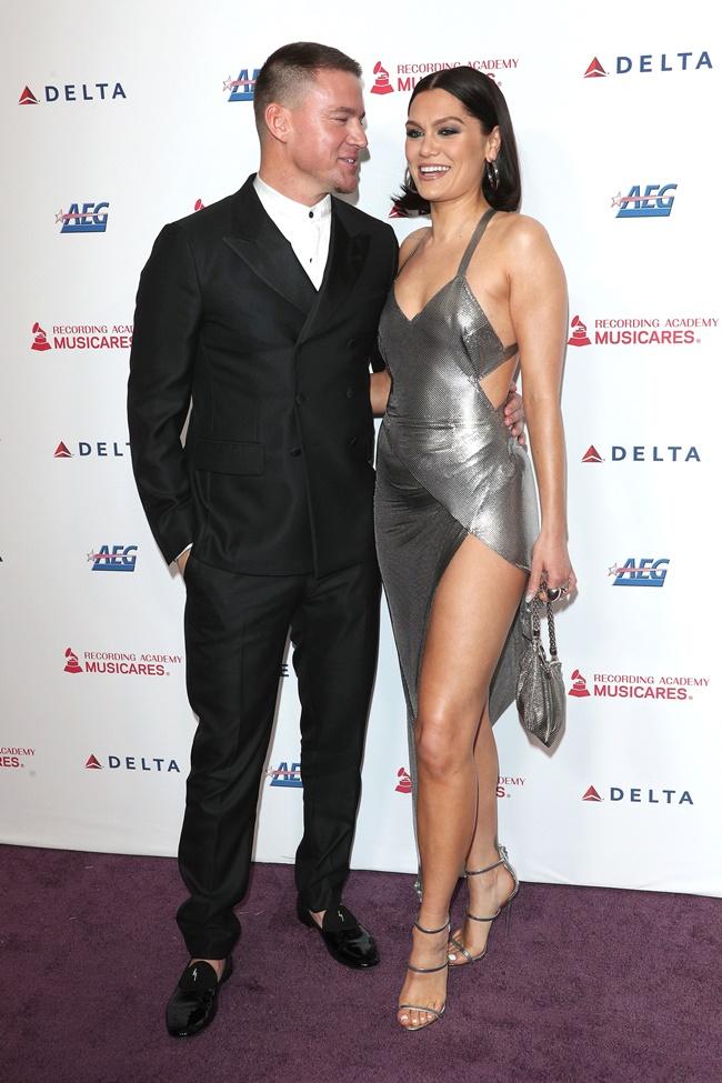 Hollywood Report Η πρώτη δημόσια εμφάνιση των Channing Tatum - Jessie J  η αγνώριστη Dakota Johnson